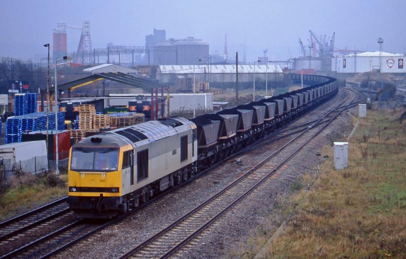 60021, Avonmouth Bulk Handling Terminal- Didcot Power Station, Hallen Marsh, Avonmouth, 1-12-98.