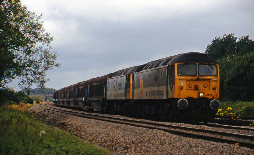 47293/47375, 08.15 Swindon-Longbridge, Shrivenham, near Swindon, 21-7-98.