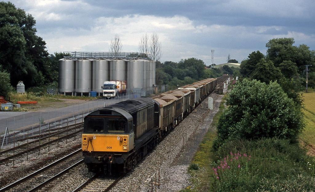 58009, Merehead-Quarry-Exeter Riverside Yard, Norton Fitzwarren, near Taunton, 14-7-98.