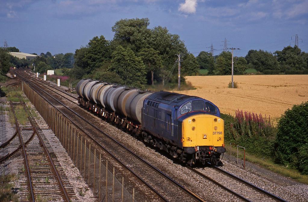 37798, 13.34 Fawley-Plymouth Tavistock Junction Yard, Norton Fitzwarren, near Taunton, 27-7-98.