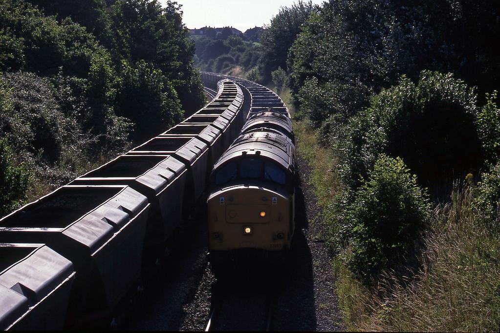 37695/37719, Didcot Yard-Avonmouth Bulk Handling Terminal, Brentry, Bristol, 14-7-98. 60039, Avonmouth Bulk Handling Terminal-Didcot Power Station