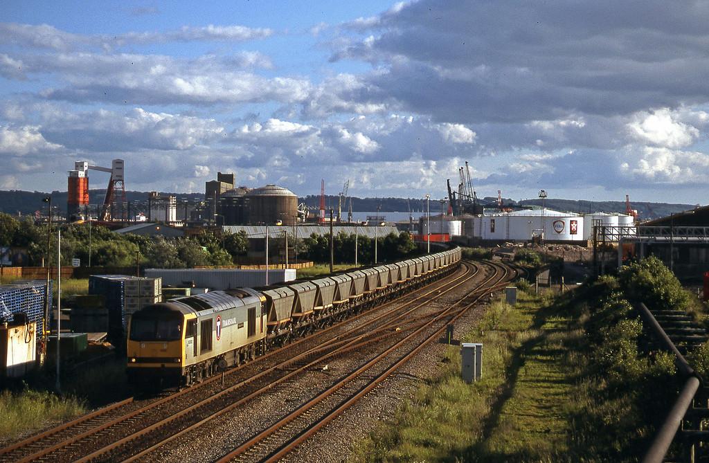 60092, Avonmouth BHT-Didcot Power Station, Hallen Marsh Junction, Avonmouth, 11-6-98.