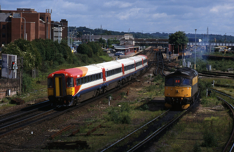 2413, down, 33026, off TMD, Eastleigh, 12-6-98.