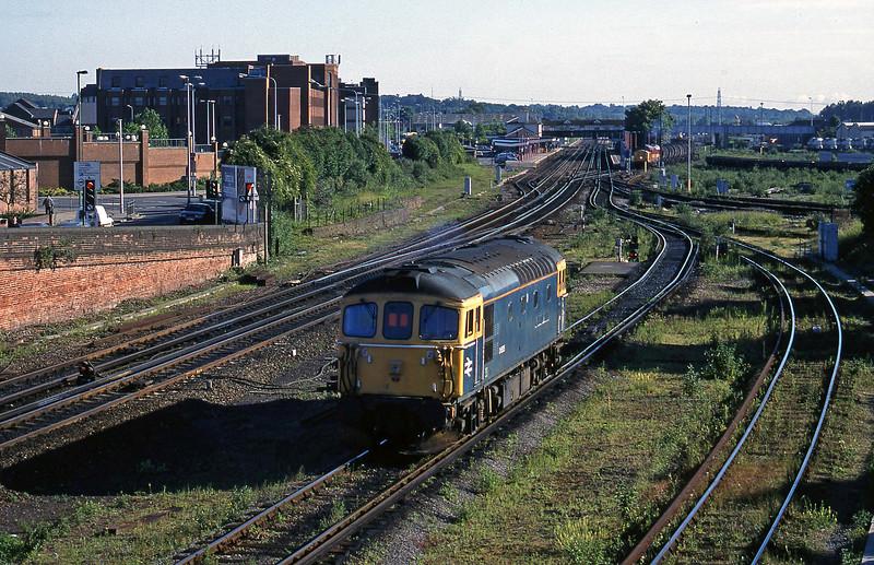 33116, off TMD, Eastleigh, 12-6-98.