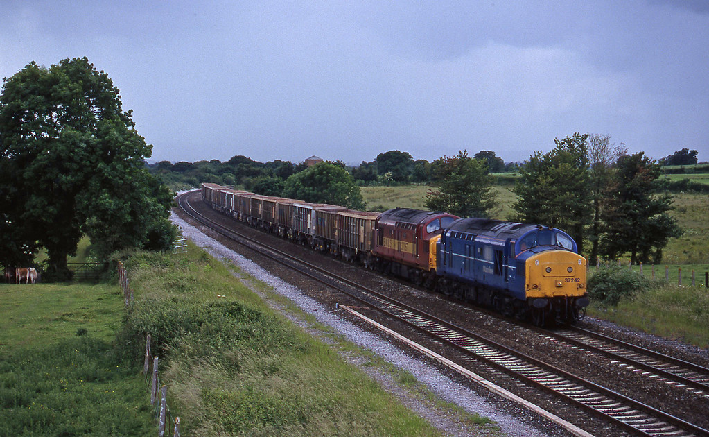 37242/37057, Exeter Riverside Yard-Merehead Quarry, Cogload, 10-6-98.