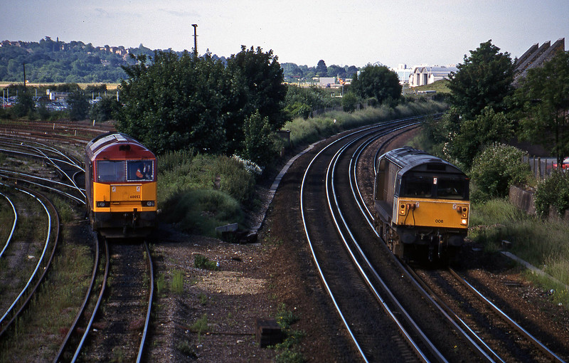60052, TMD, 58006, up light, Eastleigh, 12-6-98.