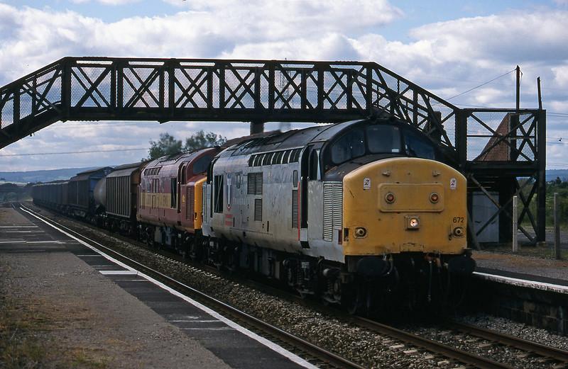 37672/37670, 13.50 Newport Alexandra Dock Junction-St Blazey, Pilning, 11-6-98.