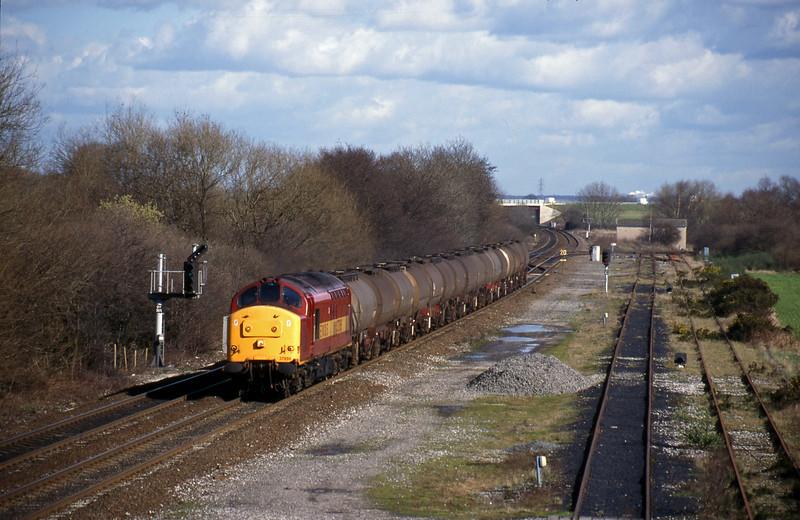37895, 07.30 Hull-Baglan Bay, Stenson Junction, near Derby, 4-3-98.