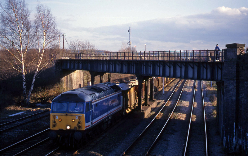 47711, ballast northbound, Toton, Nottingham, 4-3-98.