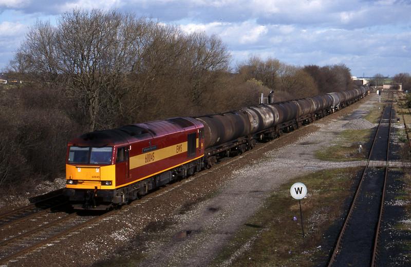 60045, tanks east o south, Stenson Junction, near Derby, 4-3-98.