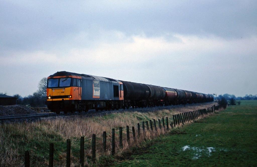 60038, 13.43 Theale-Robeston, Shrivenham, near Swindon, 10-3-98.