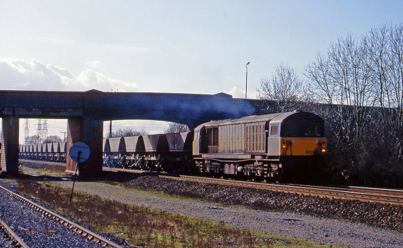 58013, mgr empties, south to east, Stenson Junction, near Derby, 4-3-98.