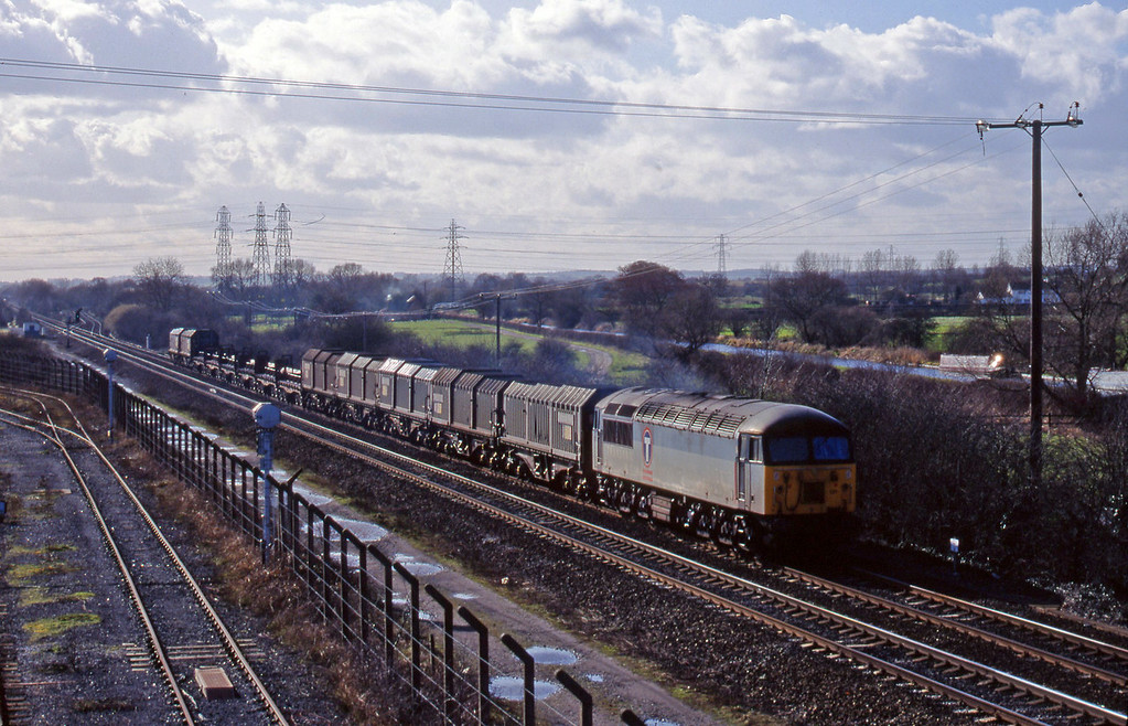 56121, steel south to north, Stenson Junction, near Derby, 4-3-98.