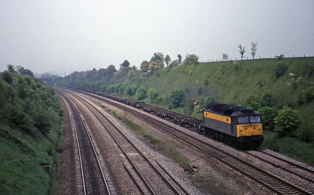 47329, 03.54 Leeds-Southampton, South Moreton, near Didcot, 12-5-98.