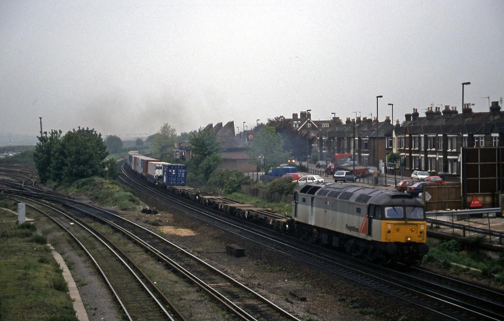 47372, 08.12 Southampton-Ripple Lane, Eastleigh, 12-5-98.