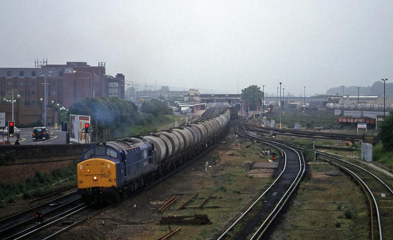 37803, 07.20 Eastleigh Yard-Fawley, Eastleigh, 12-5-98.