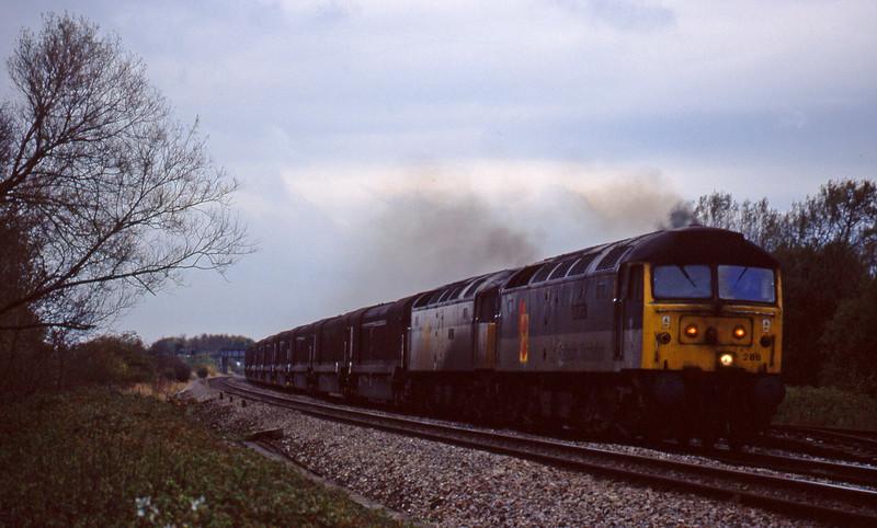 47286/47280, 08.15 Swindon Longbridge, Shrivenham, near Swindon, 3-11-98.
