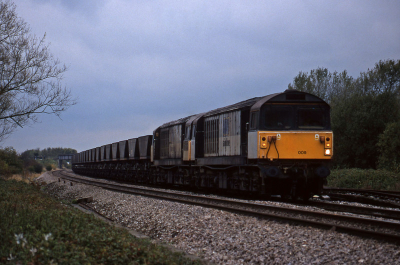 58009/58003, Avonmouth Bulk Handling Terminal-Ironbridge Power Station, Shrivenham, near Swindon, 3-11-98.