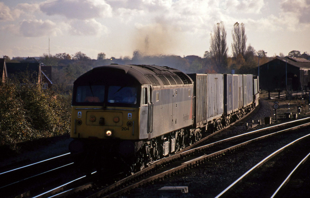 47204, 12.25 Southampton-Leeds, Didcot North Junction, 10-11-98.