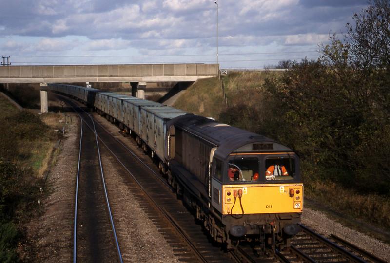 58011, 11.11 Calvert-Bath RTS, Didcot North Junction, 10-11-98.