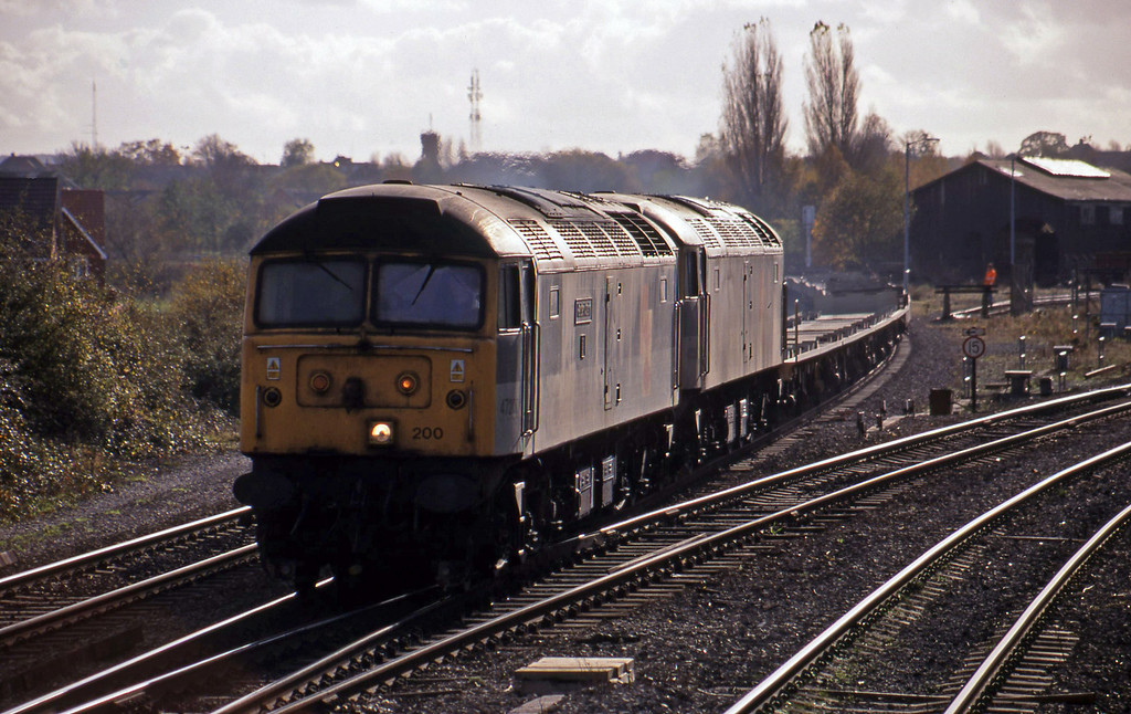 47200/47285, down Cartics, Didcot North Junction, 10-11-98.