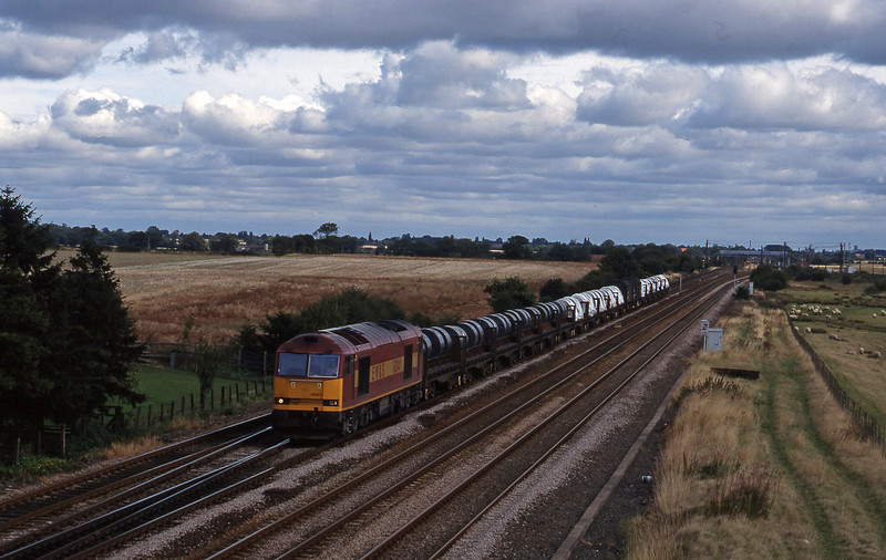 60041, up steel, Colton Bridge, near York, 11-9-98.