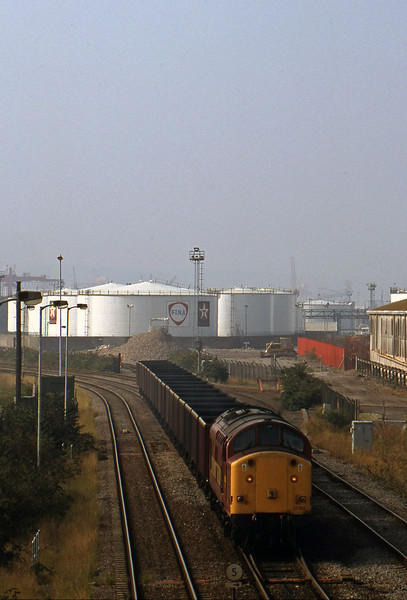 37703, shunting 07.08 Didcot Power Station-Avonmouth Bulk Handling Terminal, Hallen Marsh Junction, 3-9-98.