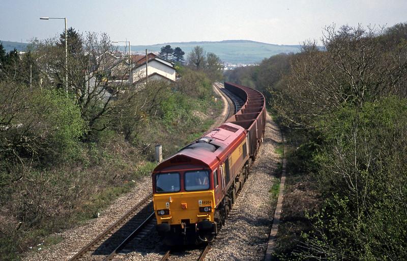 59204, 11.55 Llanwern-Port Talbot, Brynna, near Bridgend, 27-4-99.