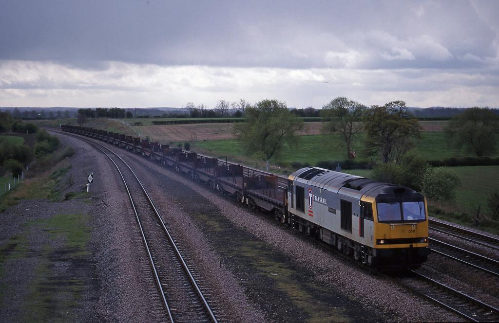 60056, 10.23 Corby-Lackenby, Bolton Percy, near York, 13-4-99.