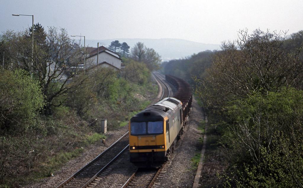 60093, 08.45 Ebbw Vale-Margam, Brynna, near Bridgend, 27-4-99.