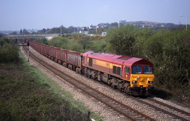 59202, 11.02 Port Talbot-Llanwern, Brynna, near Bridgend, 27-4-99.