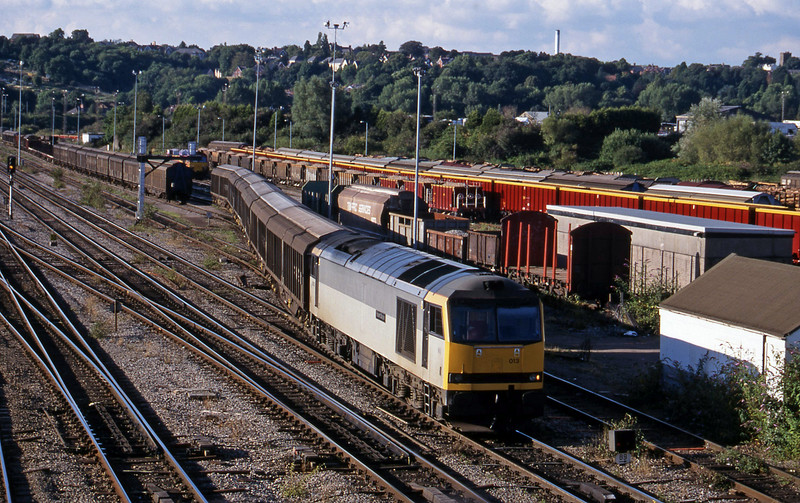 60013, 16-11 Ebbw Vale-Newport Alexandra Dock Junction-Margam, arrives Newport Alexandra Dock Junction, 3-8-99.