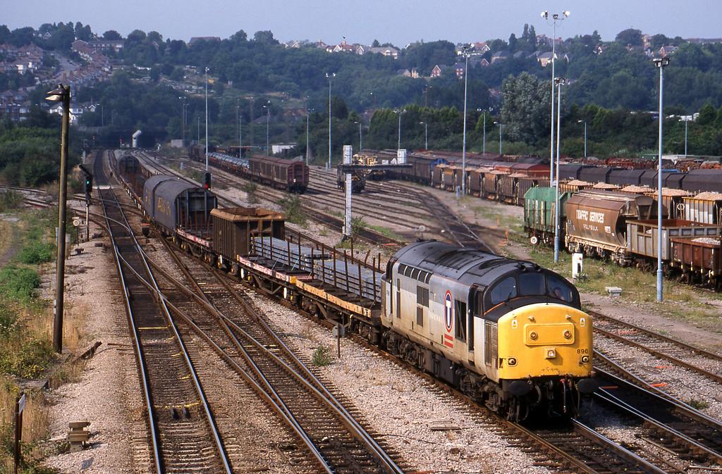 37896, 10.15 Pufleet,Cardiff Tidal, Newport Alexandra Dock Junction, 12-8-99.