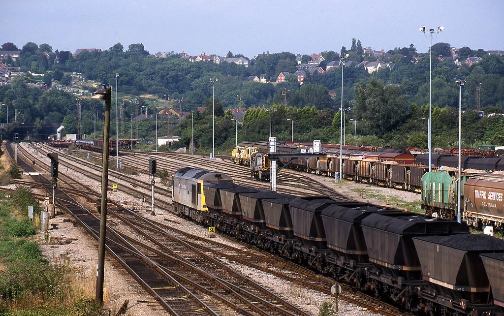 60, up mgr, Newport Alexandra Dock Junction, 12-8-99.