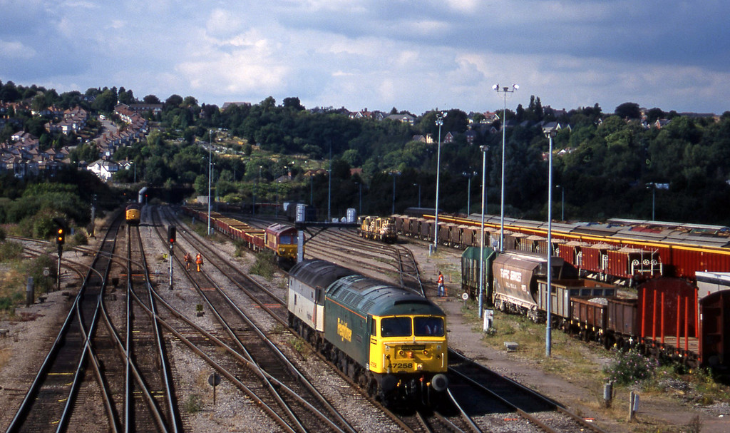 47258/47301, down light, Newport Alexandra Dock Junction, 3-8-99.
