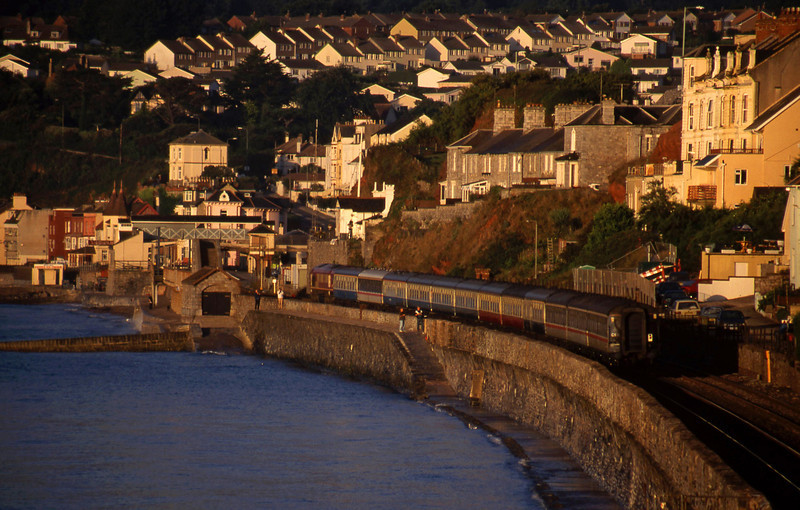 66048, 03.10 London Paddington-Penzance, Dawlish, 11-8-99. Eclipse special.