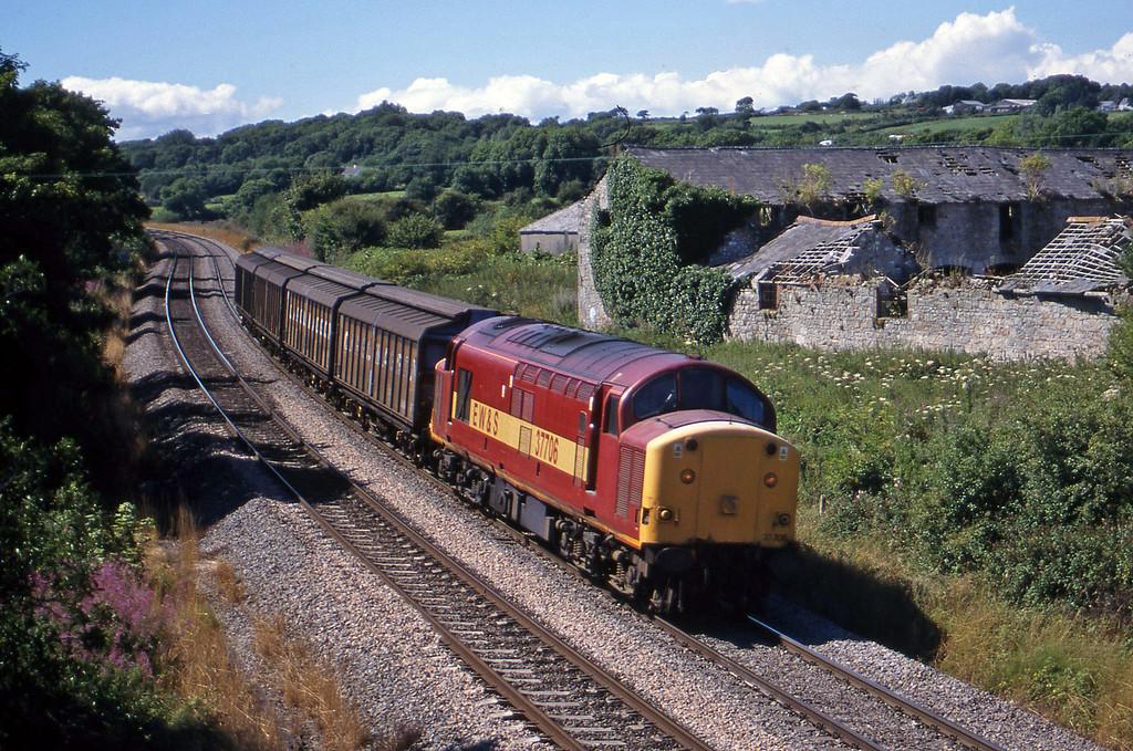 37706, up Cargowagons, Llangewydd Court Farm, near Bridgend, 3-8-99.