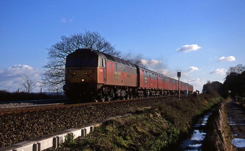 47732, 12.44 Plymouth-Glasgow, Powderham, near Exeter, 15-12-99.
