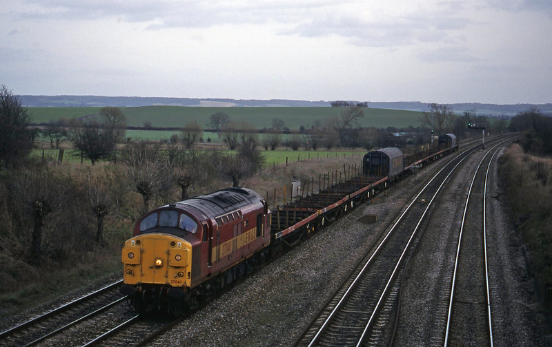 37040, 10.00 Purfleet-Cardiff Tidal, South Moreton, near Didcot, 16-2-99.