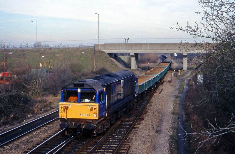 58008, up departmental to Didcot Yard, Didcot North Junction, 2-2-99.