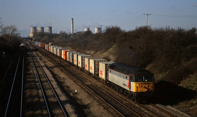 47209, 03.45 Leeds-Southampton, South Moreton, near Didcot, 9-2-99.