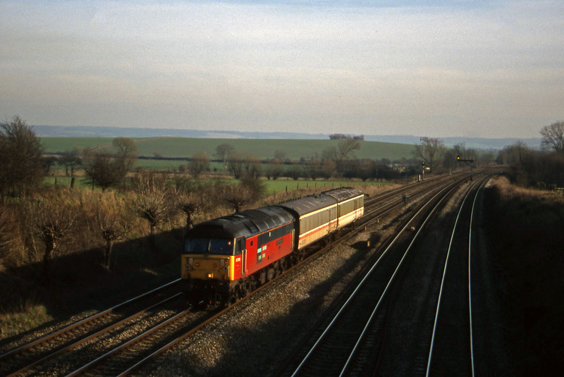 47788, down barrier carriages, South Moreton, near Didcot, 2-2-99.