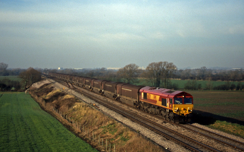 66029, 08.15 Swindon-Longbridge, Bourton, near Swindon, 2-2-99.
