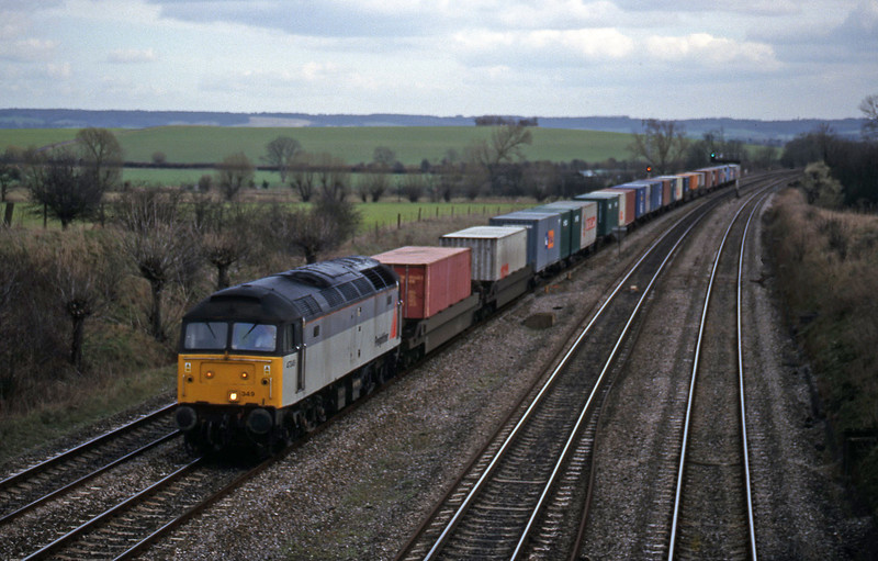 47349, 12.25 Southampton-Leeds, South Moreton, near Didcot, 23-2-99.