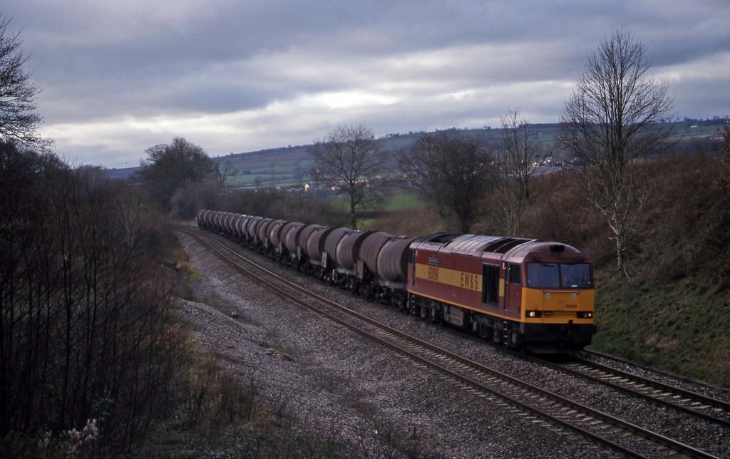 60098, 09.40 Burngullow-Newport Alexandra Dock Junction, Whiteball, 27-1-99.