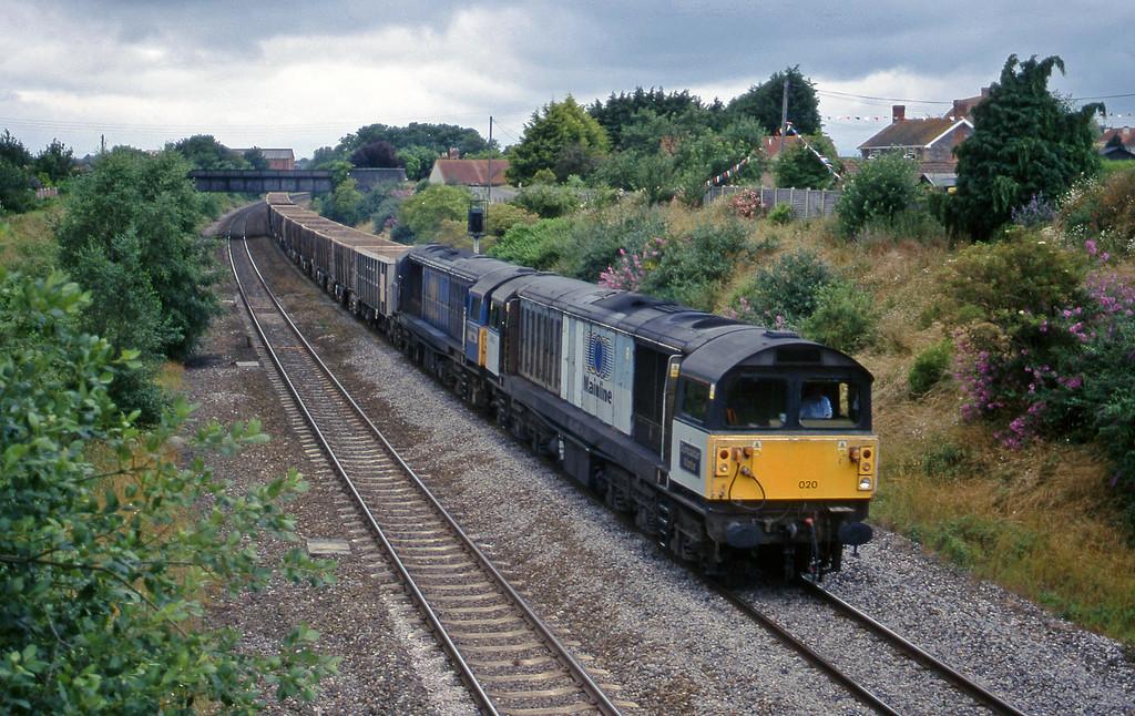 58020/58046, 11.06 Exeter Riverside Yard-Merehead Quarry, Creech St Michael, near Taunton, 1-7-99.
