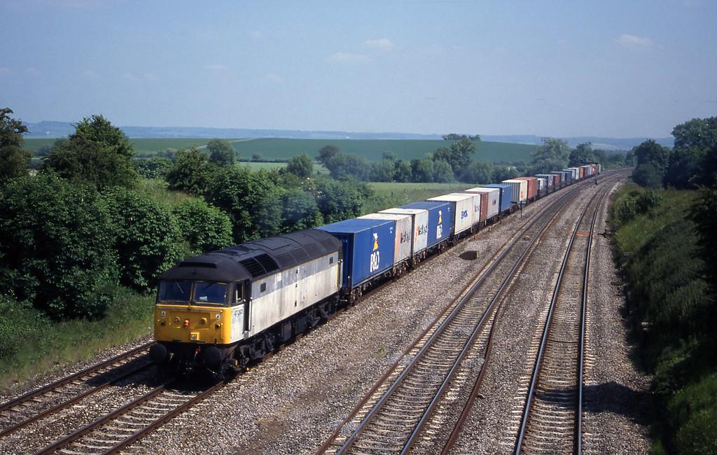 47292, 12.25 Southampton-Leeds, South Moreton,near Didcot, 1-6-99.