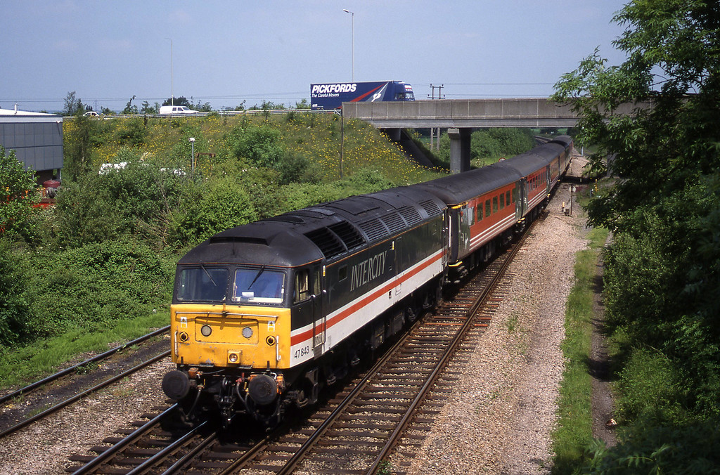 47843, up, Didcot North Junction, 1-6-99.