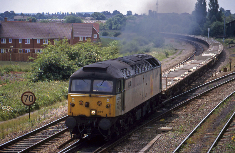 47194, 09.52 Suthampton East Docks-Bordesley, Didcot North Junction, 15-6-99.