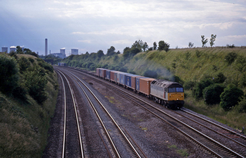 47371, 05.00 Coatbridge-Southampton, South Moreton, near Didcot, 8-6-99.